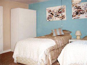 Upalong twin bedded room